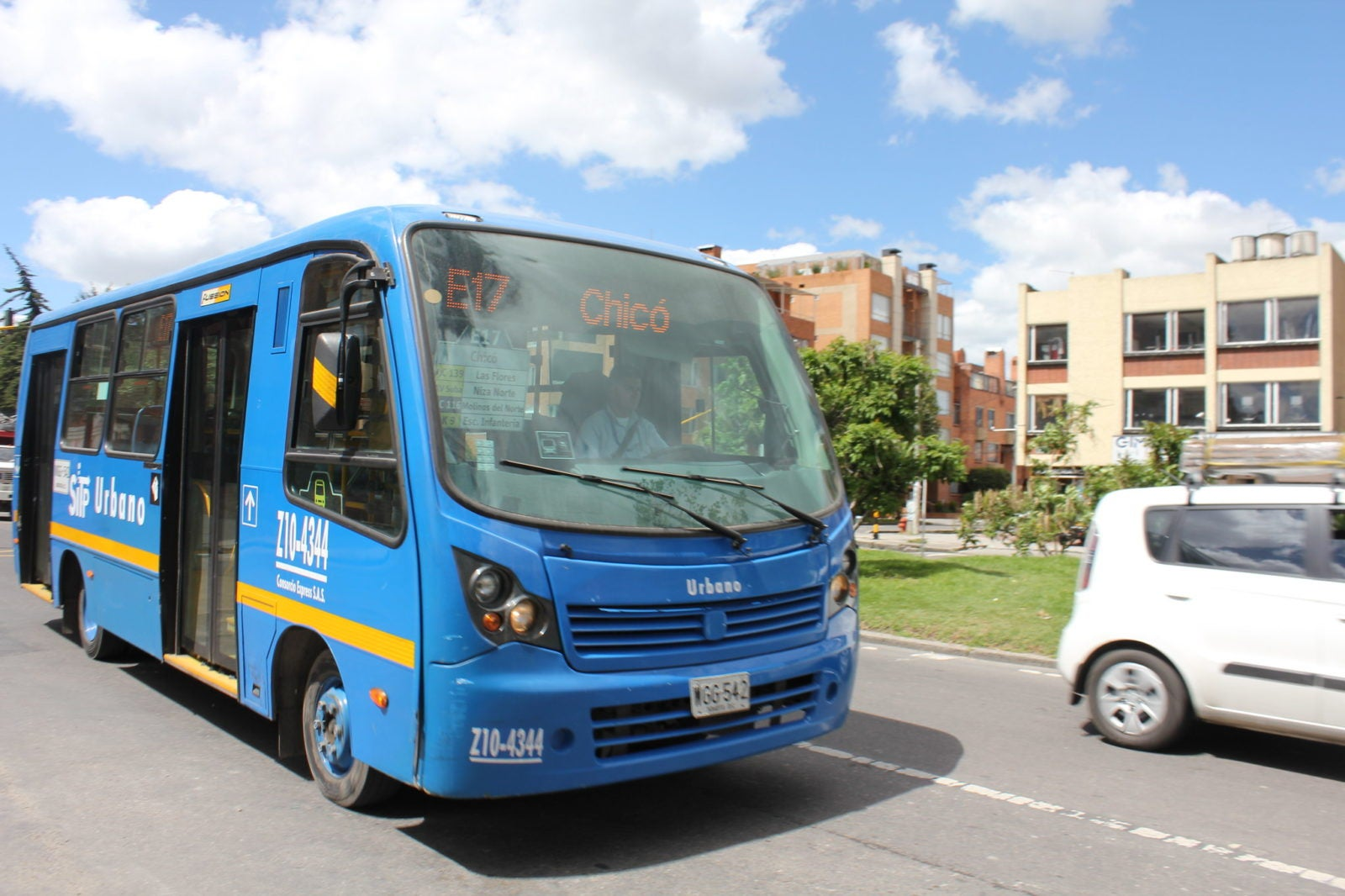 Bogotá is a pioneer in acquiring electric buses by tender