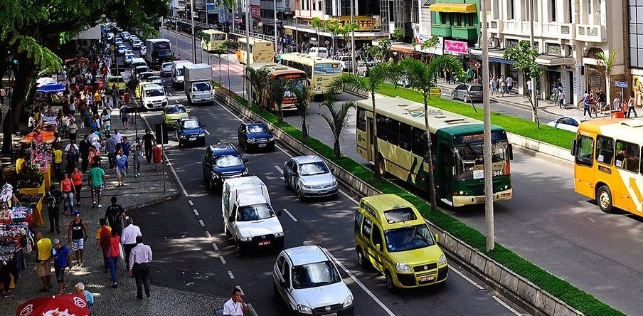 Efficiency standards to decarbonize the transport sector in Latin America