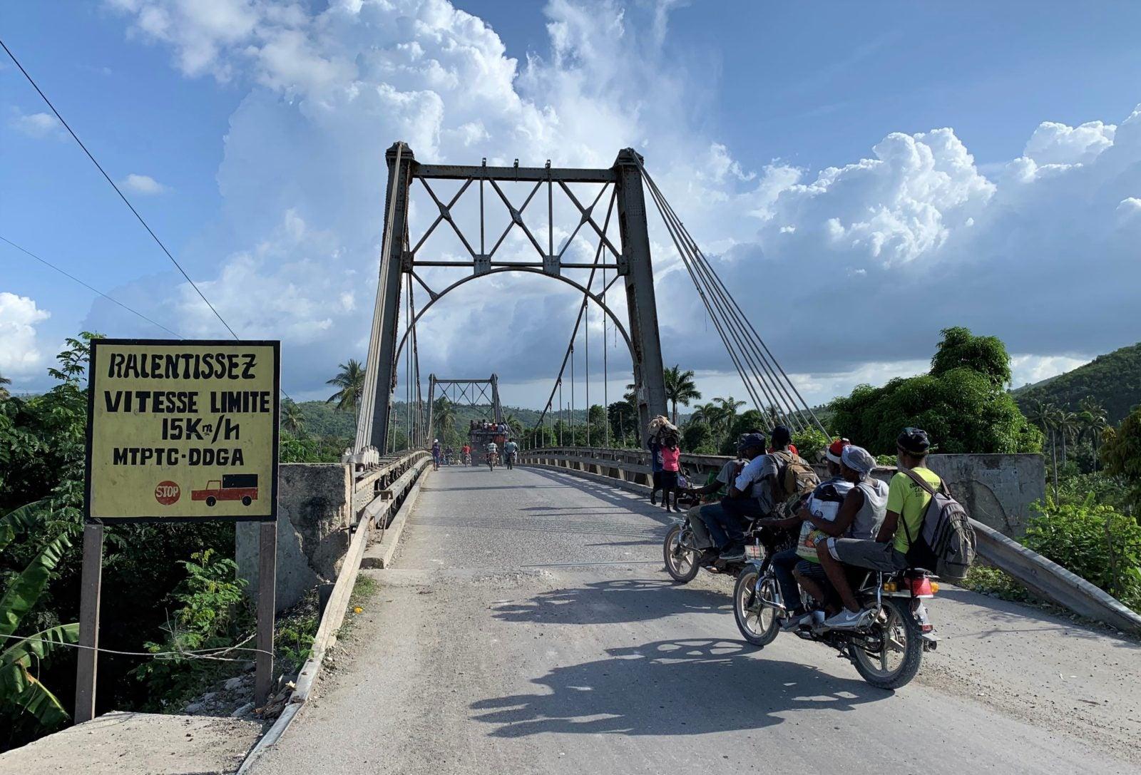 Cómo incluir el riesgo climático en el diseño de puentes en Haití