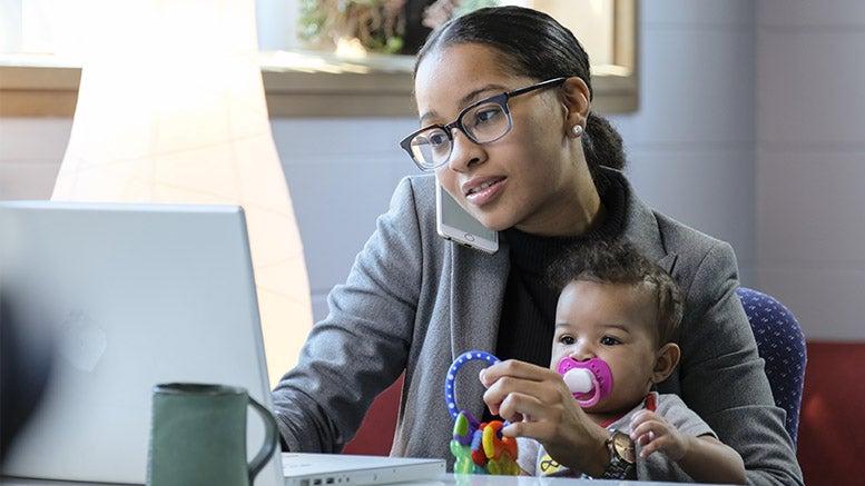 ¿Cómo acelerar las oportunidades para las mujeres en la economía gig?