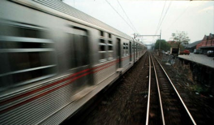 """¿Cómo gestionamos los trenes? Integración vertical versus """"Open Access"""""""