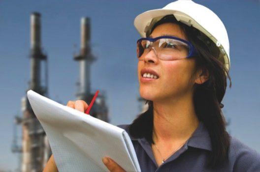En transporte trabajamos en la plena incorporación laboral de la mujer