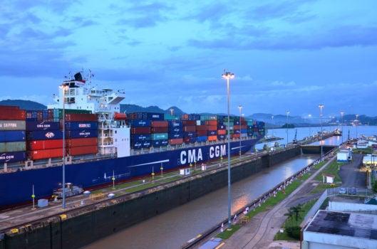 ¿Mantenerse a flote? Consecuencias de la recesión del transporte marítimo