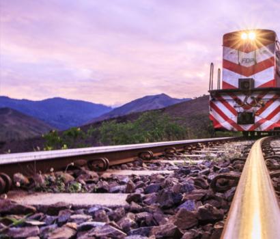¿Quién financia la infraestructura ferroviaria de carga?