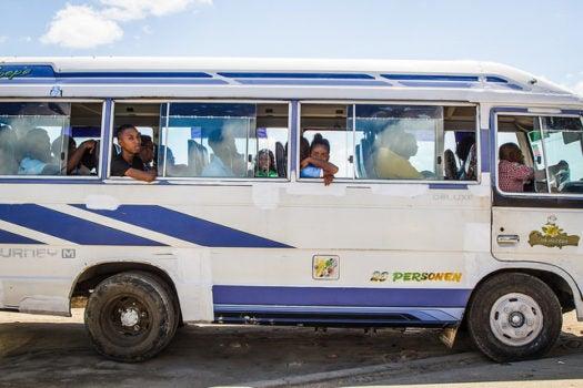 ¿Conoces las diversas fuentes de recursos disponibles para proveer transporte público urbano?