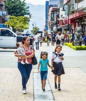 Educación vial: cómo conseguir que los niños estén seguros en la carretera
