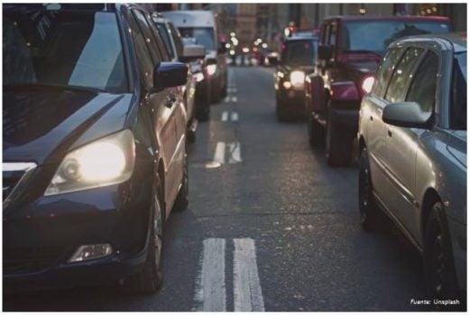 ¿Sabías que tener un auto privado en la región cuesta 4.600 dólares anuales?