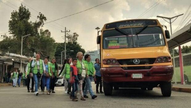 Y así, las mujeres viajarán más cómodas y seguras en transporte público en América Latina