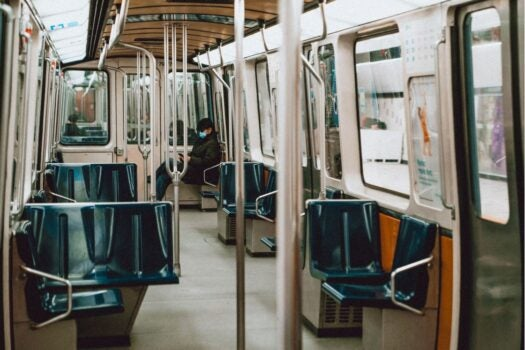 coronavirus transporte publico